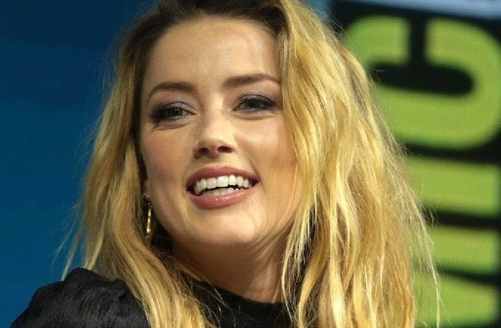 amber heard-accuse-traque-comptes-fans-johnny-depp