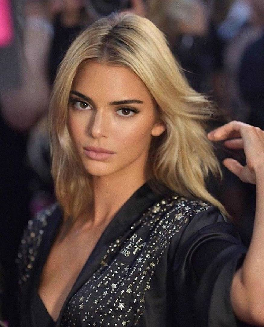 Kendall Jenner blonde