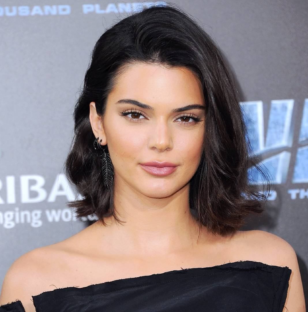 kendall jenner cheveux courts