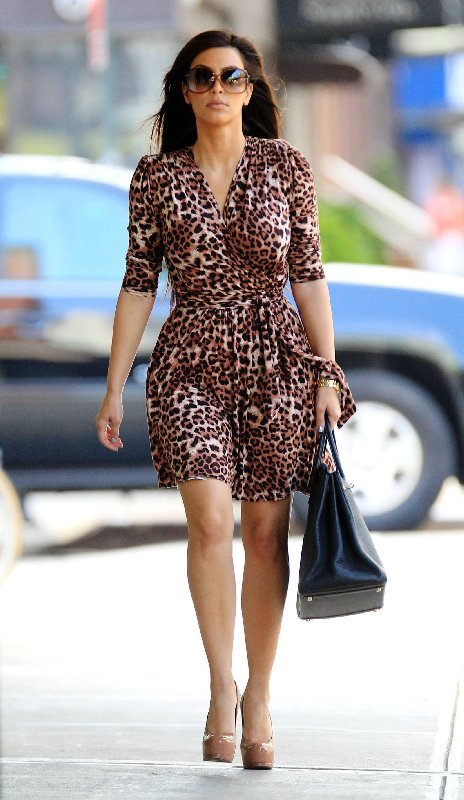 Style Kim Kardashian - Robe à imprimé animal